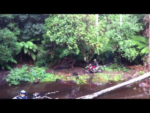 2 stroke gasgas small river crossing evercreech tasmania