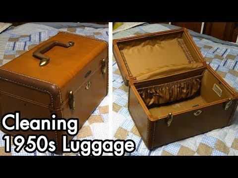 Quick Restoration 02: 1950s Samsonite Streamlite Style 4612 Luggage Cleaning