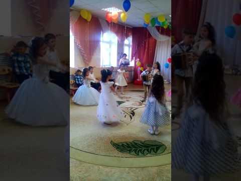 Детский сад крутые танцоры