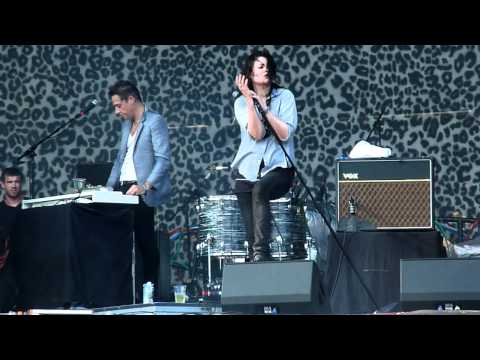 The Kills-The Last Goodbye Live-Lollapalooza 2011