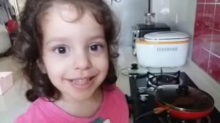 Vlog/Влог 5: болеем, печем блинчики, Тима играет на гитаре, домашнее обучение