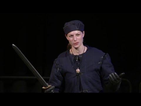 Medieval Swordsmanship Demo at Fan Nexus