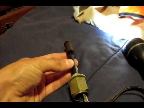 GM oil level sensor Low oil light - YouTube