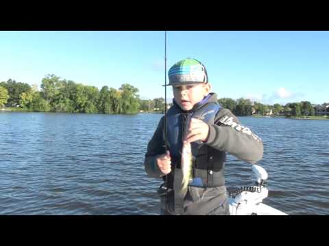 Lake geneva wi crappie fishing doovi for Wi fishing season
