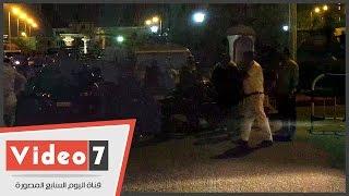 أهالى قضاة العريش يتجمعون أمام مطار ألماظة لاستلام جثامين ذويهم