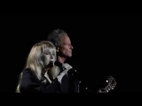 Fleetwood Mac - Landslide - Live! Oakland,...
