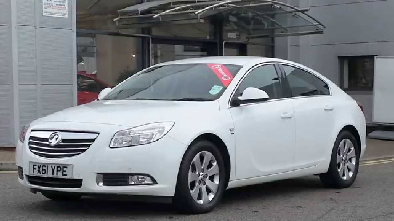 2011 61 plate vauxhall insignia 2 0 cdti 160ps sri nav 5dr in white youtube. Black Bedroom Furniture Sets. Home Design Ideas
