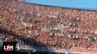 Ay che bostero, mirá qué distintos somos - River vs Lanús - Torneo Inicial 2012