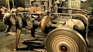 Цепь и цепные стропы. Как это сделано?(Процесс производства цепей от катанки до проверки на прочность. Интересное и познавательное видео., 2013-06-01T07:00:03.000Z)