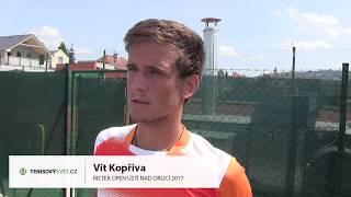 Vít Kopřiva po výhře ve čtvrtfinále na turnaji Futures v Ústí n. O.