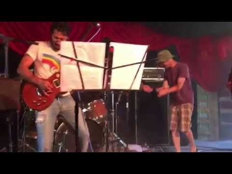Busted Subaru w/ Sim redmond - In An Instant (Grassroots Music Festival 2016)