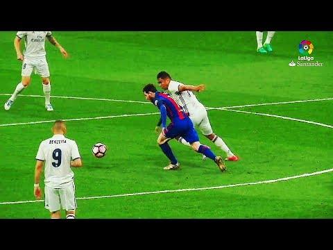 Lionel Messi ● 12 ULTRA SKILLS ►No Showboat◄►Pure Football◄   HD  