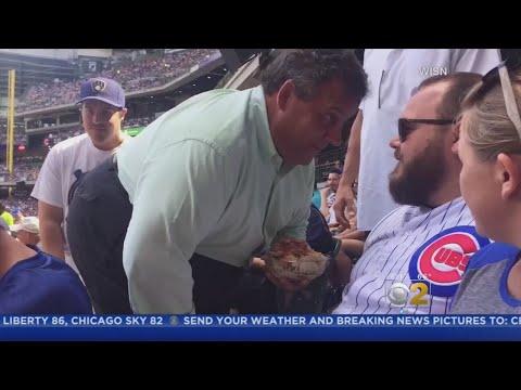NJ Gov. Chris Christie Gets In Cubs Fan's Face After Being Heckled