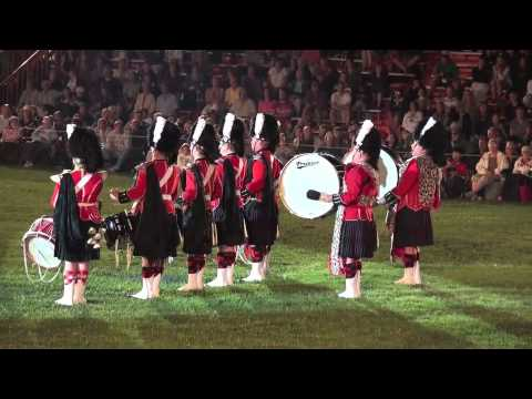 2011 Fergus Tattoo 48th Highlanders Pipes & Drums 1 of 2