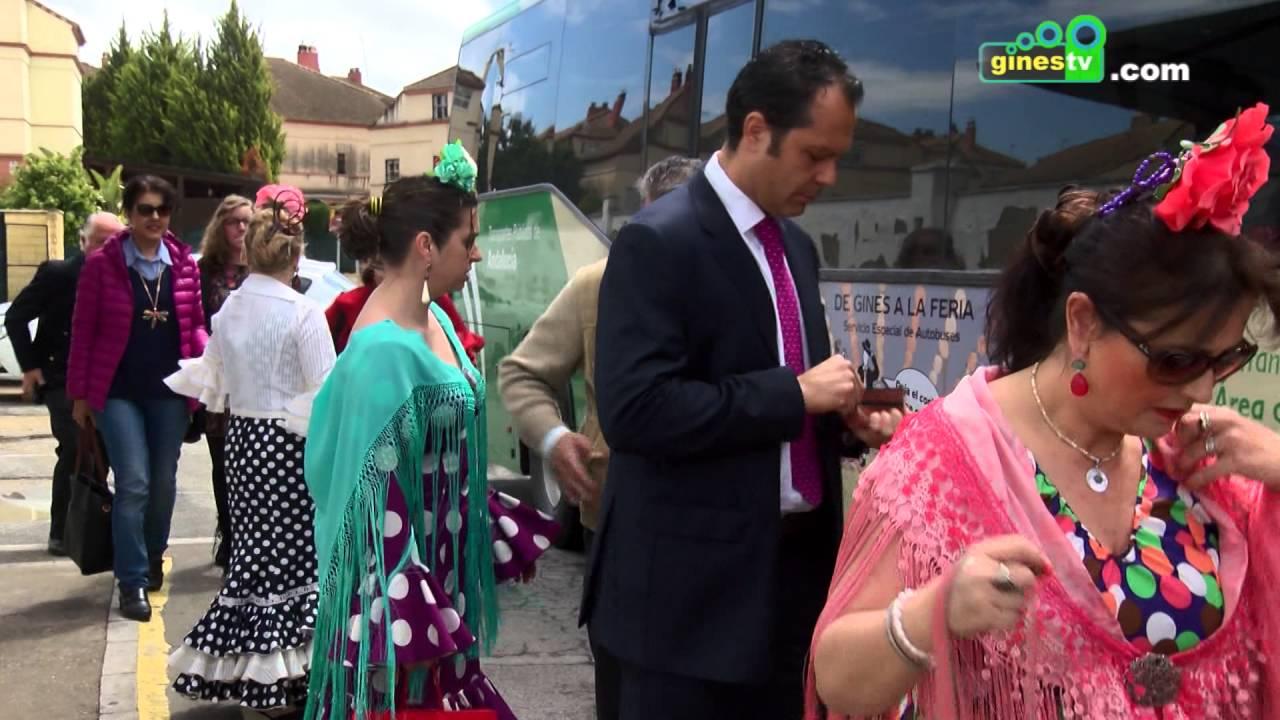 Cerca de 3.000 personas han usado ya el servicio de autobuses entre Gines y la Feria de Abril