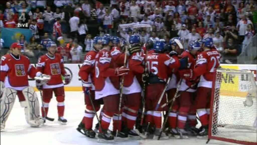 86b840fc423 Czech - USA 4 0 IIHF 2011 Jagr´s Hat Trick - YouTube