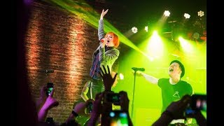 FALL OUT BOY FEAT. HAYLEY WILLIAMS - SUGAR WE'RE GOING DOWN