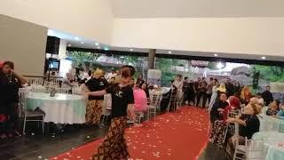 Download lagu ARENA RAMBONG [AT WEDDING RECEPTION]