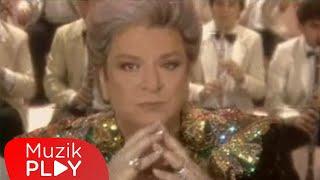 Zeki Müren - Ben Zeki Müren (Official Video)