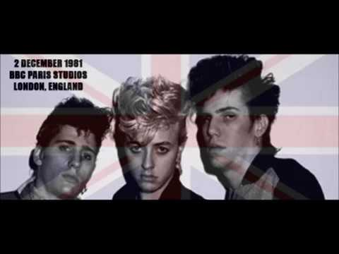 STRAY CATS - (She'll Stay Just) One More Day (2.12.81 London)