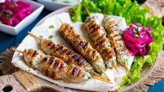 Люля-кебаб из курицы(Ароматный и вкусный люля-кебаб из курицы — это простое и лёгкое в приготовлении блюдо. Смотрите полностью..., 2016-05-30T15:17:45.000Z)
