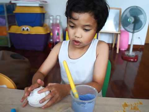 ครูบัวสอน ทำศิลปะไอศครีม