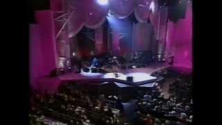Tina Turner & Elton John - The Bitch Is Back Live (VH1 Fashion Awards 1995) HQ