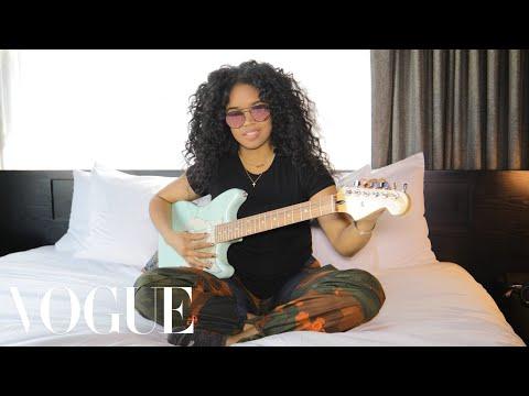 H.E.R. Gets Ready At Afropunk | Vogue