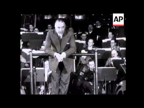 Sir Thomas Beecham Leads English Orchestra