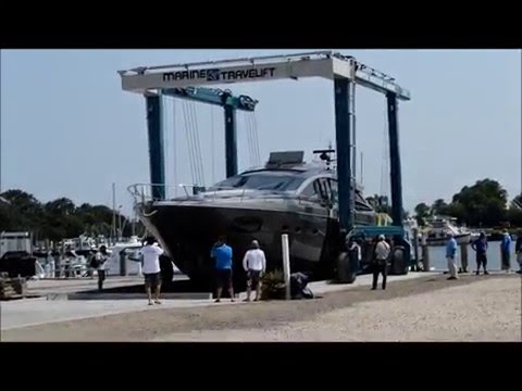 Hampton Watercraft and Marine - 75BFMII Marine Travel Lift hauling a 73' Pershing