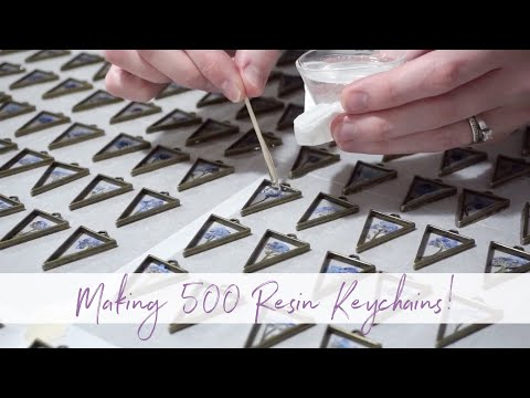 Making 500 Resin Key Chains In One Week!