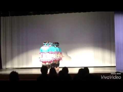 Ntxhais Suab Nag - Hmong Dance