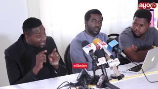 Gabo mbele ya waandishi wa habari akiongelea Cinema mpya ya 'Segere'