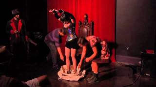 VeVe laRoux and the Houdini Mailbag escape!