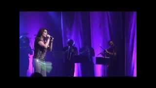 NEW LOVE em AMOR CANALHA - Karla Sabah 2012 ao vivo no Teatro Rival Petrobras