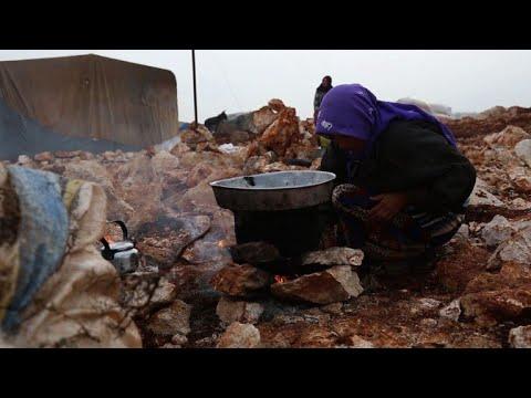 حركة النزوح متواصلة بسبب المعارك في جنوب شرق ادلب