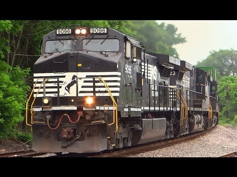 Fast Moving NS Freight Train