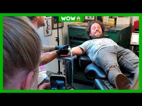 Meester Jesper neemt tatoeage na weddenschap met klas