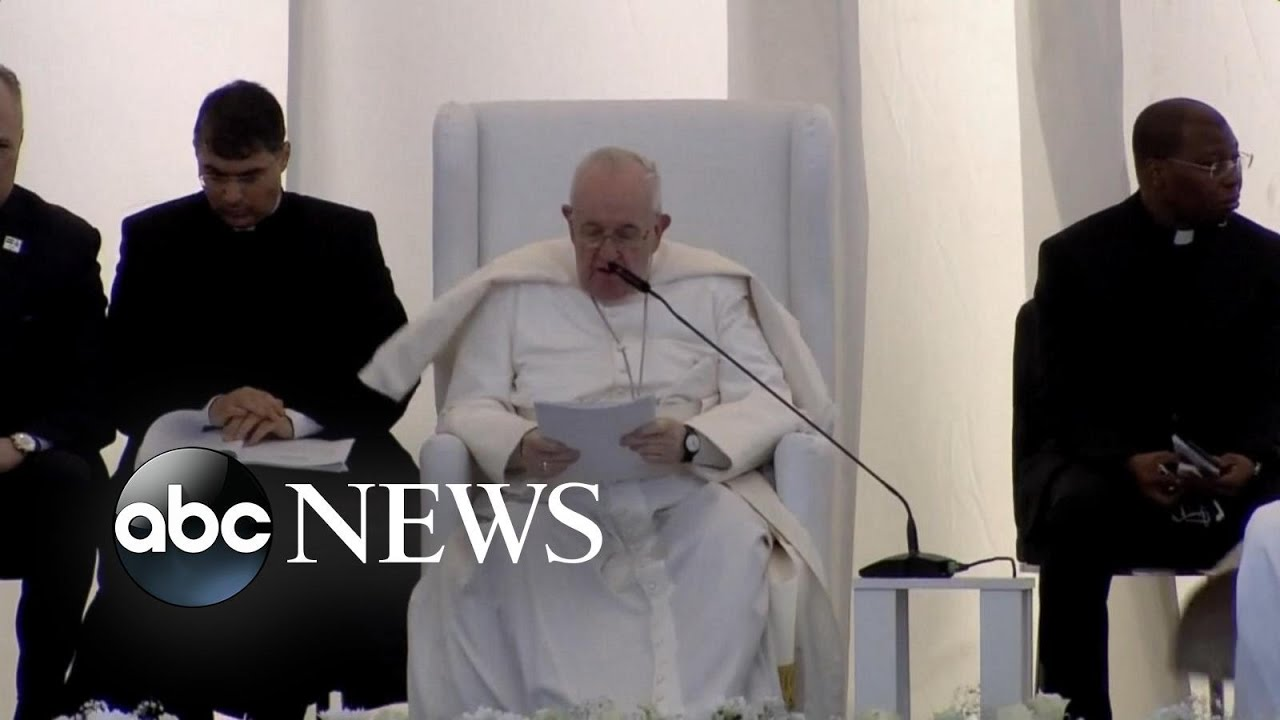 Pope Francis denounces religious extremism during Iraq visit