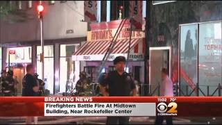 Fire Rages In TGI Friday's Restaurant In Midtown(An extra-alarm fire broke out Friday evening at a TGI Friday's restaurant on Fifth Avenue near Rockefeller Center. CBS 2's Dave Carlin reports., 2014-06-07T04:11:46.000Z)