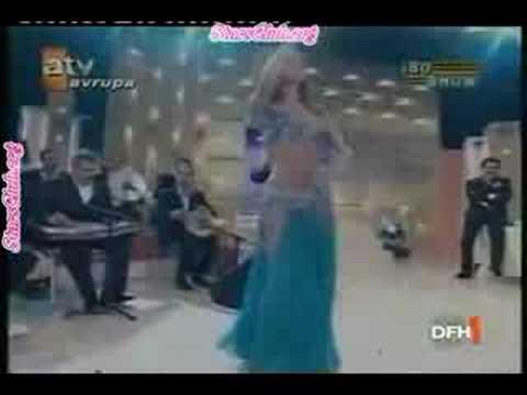 Didem Kinali's Roman Havasi Dance