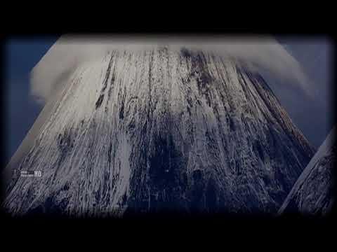Natural Phenomena ? lenticular Clouds.