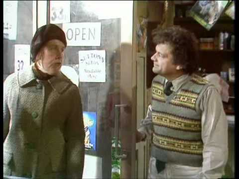Open All Hours - S2-E2 - The Reluctant Traveller - Part 1