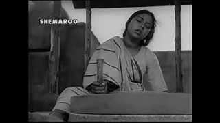 AB KE BARAS BHEJ BHAIYYA KO BABUL SAAWAN MEIN -ASHA -SHAILENDRA - S D BURMAN (BANDINI 1963)