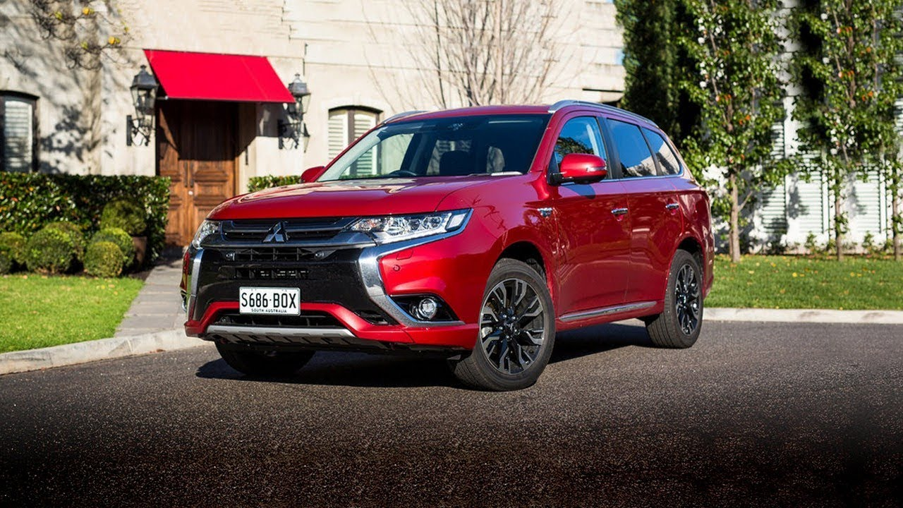 Wow 2017 mitsubishi outlander review australia youtube - Mitsubishi outlander 2017 interior ...