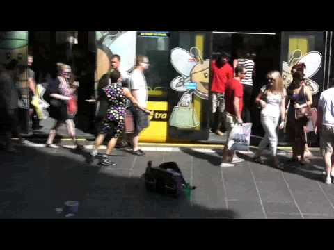 Spandy Andy  Snaps Melbourne cos he Got the Power!