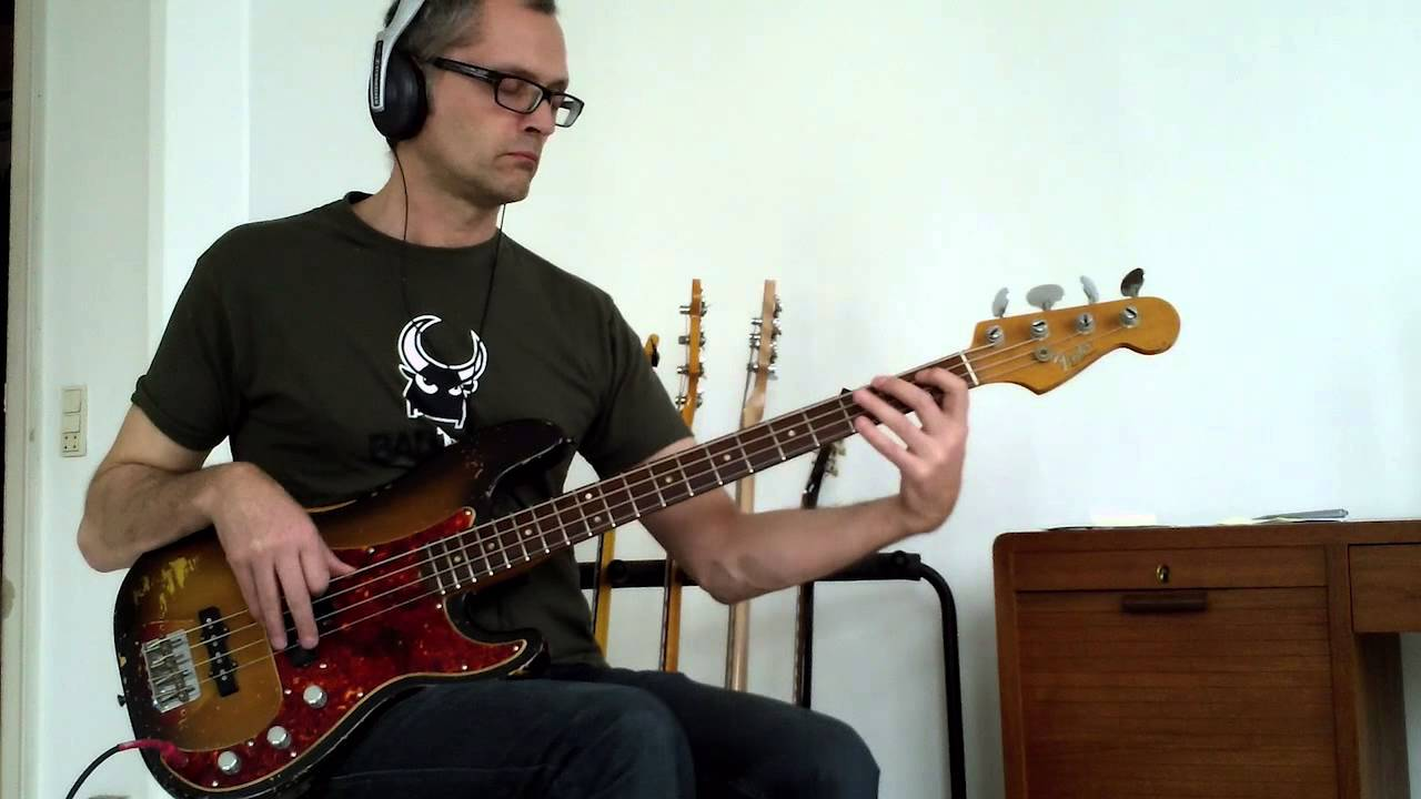 L356 Disco bass groove in Gm, how to play bass
