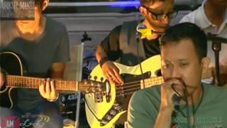 Sik asik Ayu Ting Ting (cover), Band Tangerang