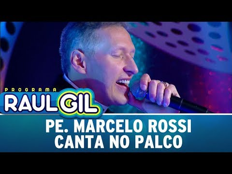 Padre Marcelo Canta No Palco Do Programa Raul Gil