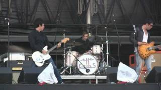 """The Cribs- """"We Were Aborted"""" (HD) Live at Lollapalooza on August 8, 2010"""
